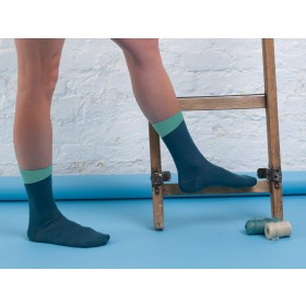 LEGION BLUE ANKLE SOCKS WITH MINT ANGLED CUFF