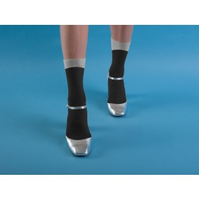 BLACK ANKLE SOCKS WITH GREY ANGLED CUFF